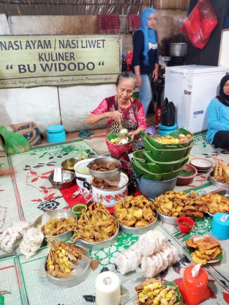 Bosan di Hotel Saja ?, Ini Daftar Kuliner Malam di Semarang Yang Bisa Kamu Nikmati